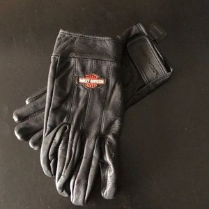 Genuine Harley-Davidson ridding gloves Sz M
